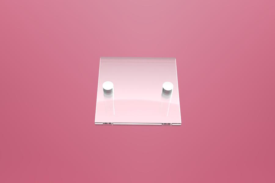 Podwójna tabliczka dystansowa z plexi 15×15 cm, na 2 złączkach dystansowych